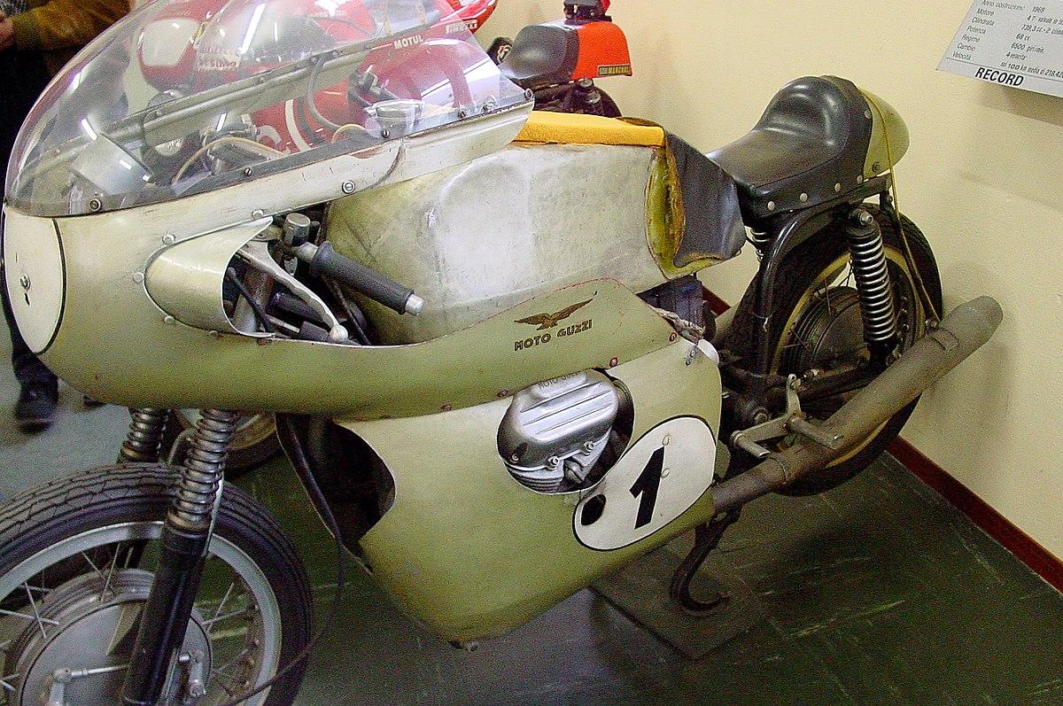 moto guzzi v7 record