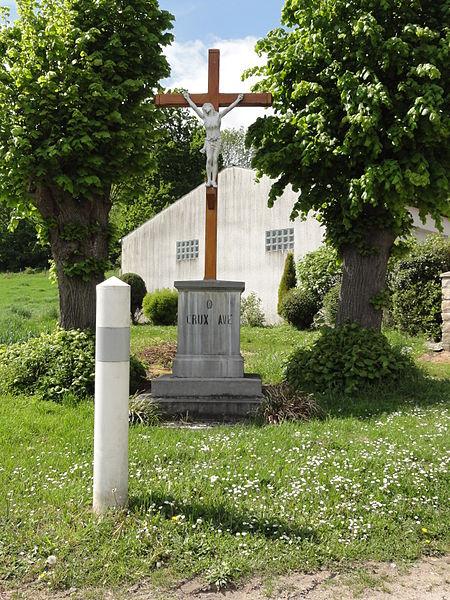 Vaucelles-et-Beffecourt (Aisne) croix de chemin