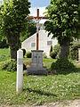 Vaucelles-et-Beffecourt (Aisne) croix de chemin.JPG