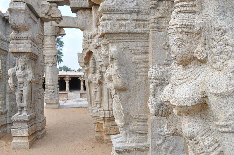 File:Veerabhadra Temple 3.JPG
