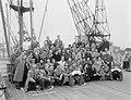 Vertrek Concertgebouworkest naar Amerika, vertrek uit Rotterdam per Rijndam, Bestanddeelnr 906-7577.jpg