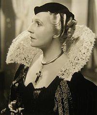 Violet Kemble-Cooper in Cardinal Richelieu.jpg