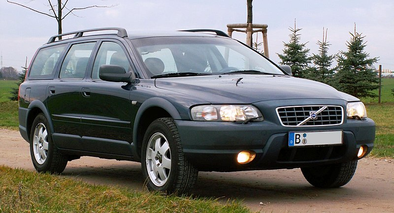 volvo v70 t5 what is this beast grassroots motorsports. Black Bedroom Furniture Sets. Home Design Ideas