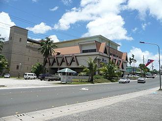 Koror - Image: WCTCショッピングセンター