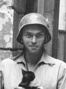 Warsaw Uprising by Lokajski - Eugeniusz Lokajski with cat - crop.jpg