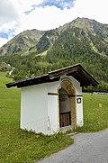 Wegkapelle_hl._Johannes_Nepomuk_in_Gries.jpg