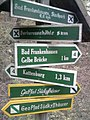 Wegweiser zwischen Bad Frankenhausen und Barbarossahoehle (Barbarossahoehle 5,0 km).jpg