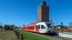 Wehl Arriva GTW 370 stoptrein Winterswijk (49686683436).jpg