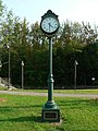 Wells maine transportation center memorial clock 2006.jpg