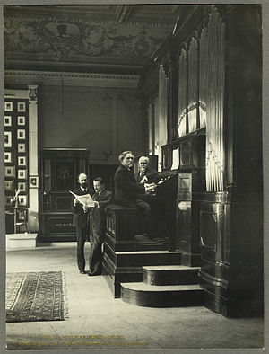 Eugène Gigout - Recording session with Eugène Gigout for the Welte-Philharmonic-Organ, 1912.