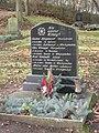 Westgreußen Grabmal für vier Soldaten.JPG