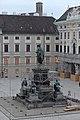 Wiener Hofburg In der Burg Denkmal Franz I Minoritenkirche 2014 a.jpg