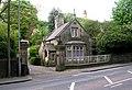 Willow Bank Lodge - Halifax Road - geograph.org.uk - 800846.jpg