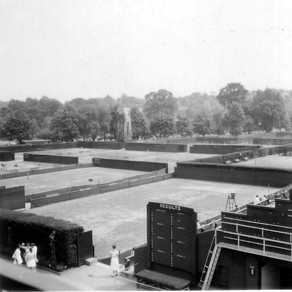 File:Wimbledon, 1960-75.jpg