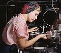 Women Douglas Aircraft Company plant1a35339v (cropped).jpg