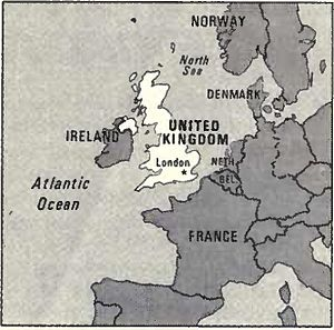 World Factbook (1982) United Kingdom.jpg
