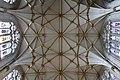 York Minster Interior 4 (7569146132).jpg