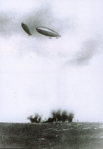 Italian dirigibles bomb Turkish positions on Libyan territory. The Italo-Turkish War was the first in history to feature aerial bombardment by airplanes and airships. Zeplin orta.jpg