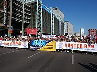 """Unteilbar"" Demonstration 03.jpg"
