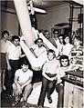 Сергей Иванович в окружении своих учеников. Вторая половина 70-годов..jpg