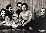 Сергей Штеменко в кругу семьи.jpg