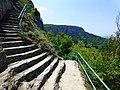 Стълби към крепостта над Мадарския конник.JPG