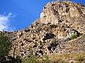 Բնական ժայռեր Մեղրու Լիճք գյուղ տանող ճանապարհին.jpg