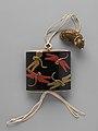 蜻蛉蒔絵印籠-Inrō with Dragonflies MET DP251861.jpg