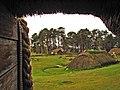 095 Highland Folk Museum, Baile Gean, la casa de pastor des de la casa del teler.jpg