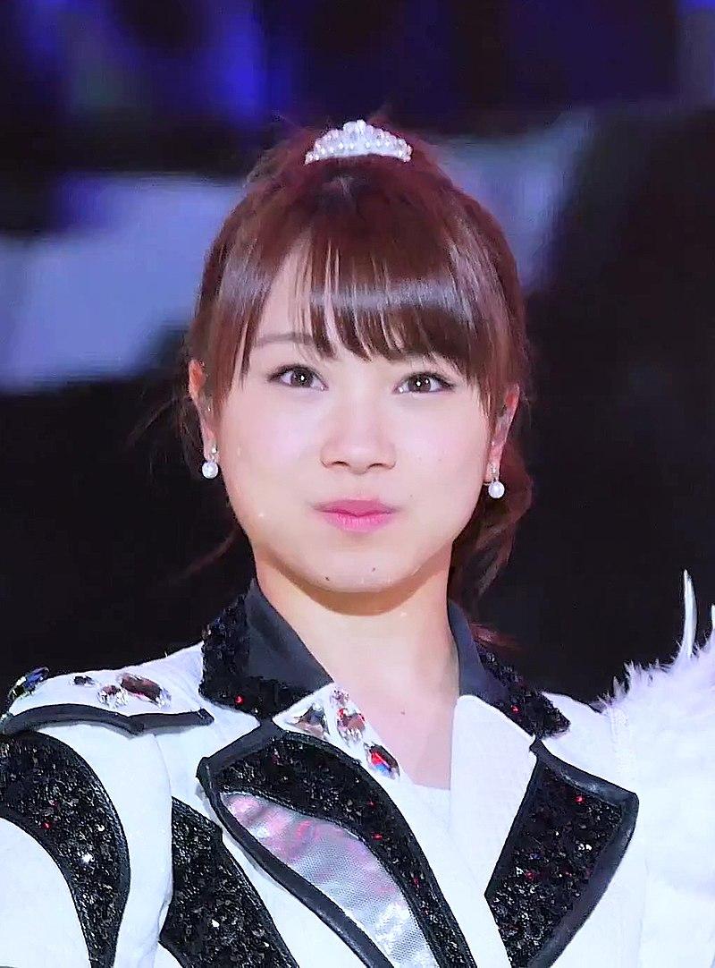 口をすぼめている石田亜佑美