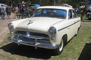 Willys Aero - Image: 1954 Willys Aero Ace De Luxe four door sedan