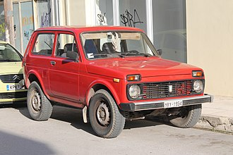 Crossover (automobile) - (1977-current) Lada Niva