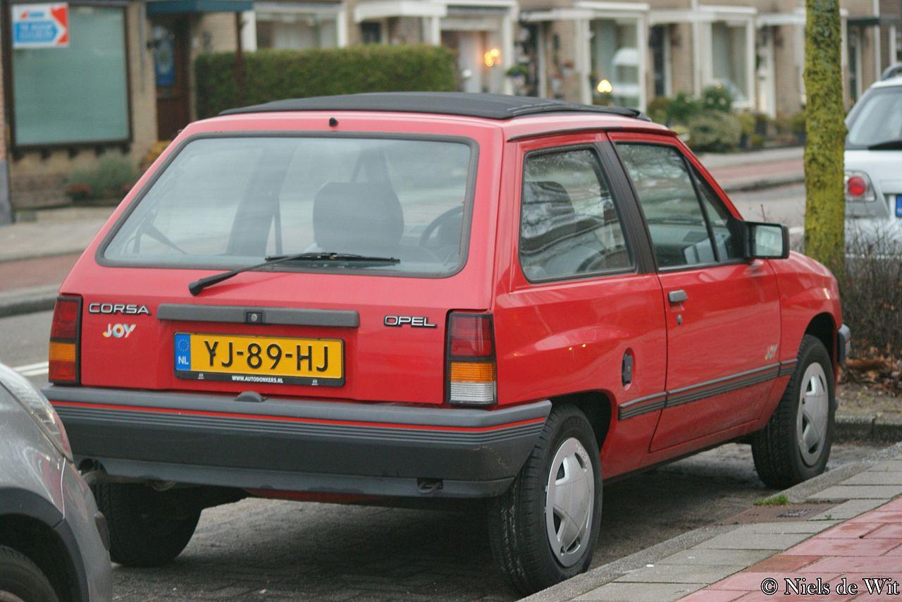 Cars Under 800 >> File:1990 Opel Corsa A Joy (16183158771).jpg - Wikimedia Commons