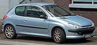 Peugeot 206 - Image: 2001 2003 Peugeot 206 (T1) G Ti 3 door hatchback 01