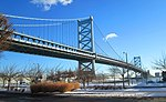 2014 Ben Franklin Bridge in winter.jpg
