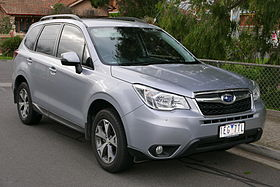 2014 Subaru Forester (MY14) 2.5i Luxury wagon (2015-06-25) 01.jpg