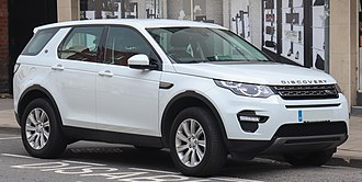 Land Rover Discovery Sport - Image: 2016 Land Rover Discovery Sport SE Tech T 2.0 Front