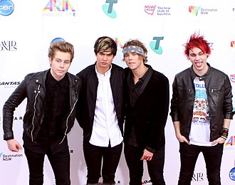 5 Seconds of Summer - 5 Seconds of Summer at the ARIA Music Awards of 2014. From left to right: Luke Hemmings, Calum Hood, Ashton Irwin, and Michael Clifford.