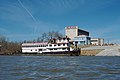"""88b184 floating restaurant """"Towboat Annie's"""" at Jeffersonville, Indiana (24190395124).jpg"""