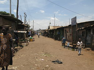 A main street in Kibera (10445077183).jpg