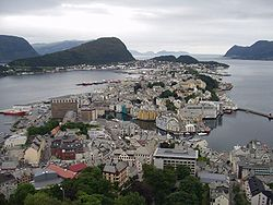 Ålesund in mid-August 2005