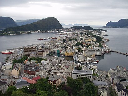 How to get to Ålesund with public transit - About the place