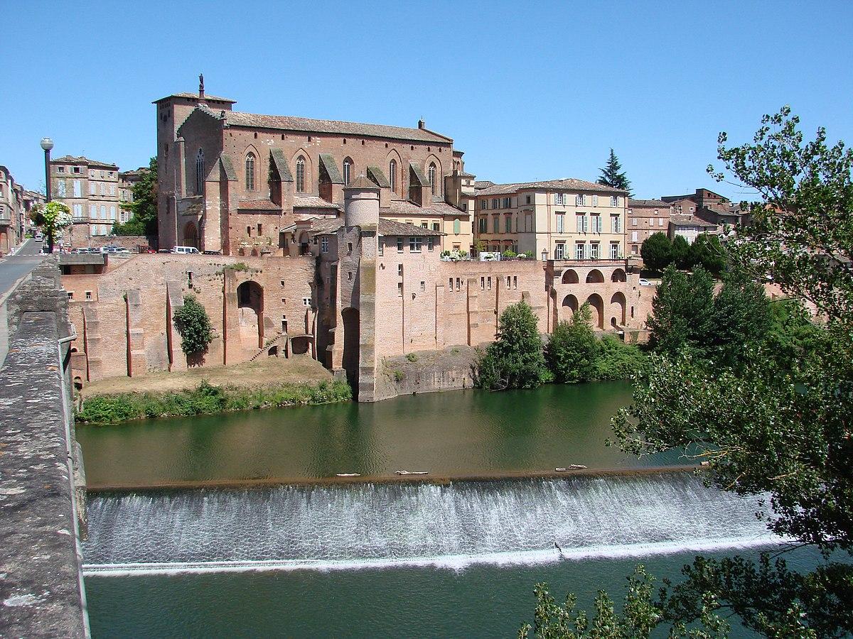 1200px-Abbaye_saint_michel_de_gaillac.JPG
