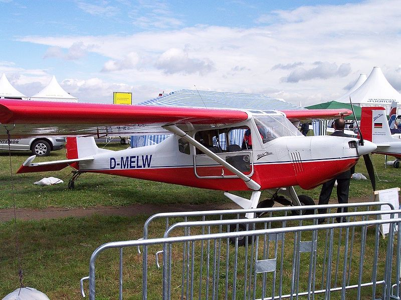 File:Aero-Light-Club Wild Thing WT01 D-MELW.jpg