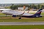 Aeroflot, VP-BTI, Airbus A320-214 (16456274565) (2).jpg