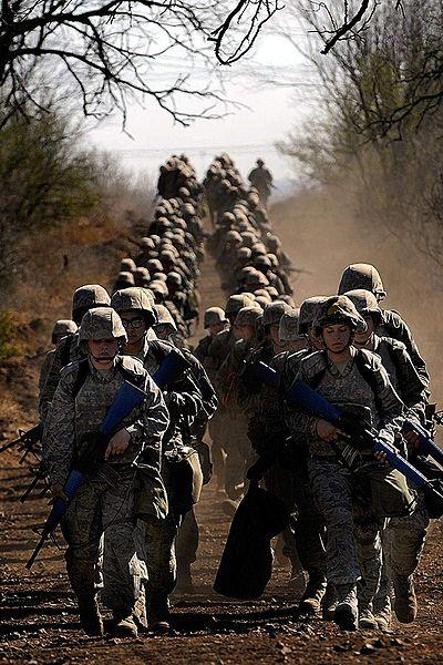 File:Air Force Basic Training Field.jpg - 维基百科,自由的百科全书