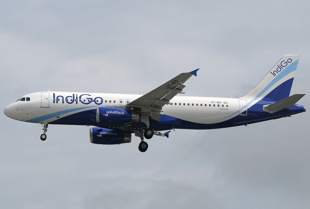 File:Airbus A320-232, IndiGo Airlines JP7504994.jpg ...