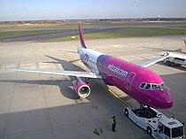 Airbus A320 Wizz Air in Katowice Airport.jpg