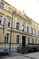 Al. Niepodległości, budynek nr 15, od lewej.jpg
