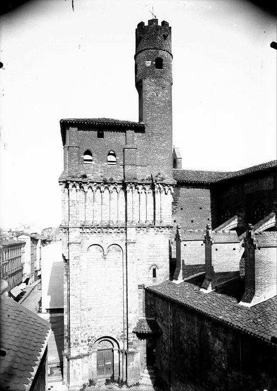 Narbonne Version 3 1: File:Albi, Clocher De Léglise Saint Salvi (8550346999).jpg